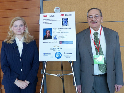 Dr. Matthew Zizmor - founder of the Kosher Dental Study Club - with Dr. Vicky Cartsos at the 2nd Annual Lunch and Lecture at the Yankee Dental Congress 2015